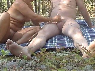 дрочу мужу в лесу мужские