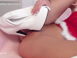 My Dirty Hobby - LauraParadise fucks herself with her heels