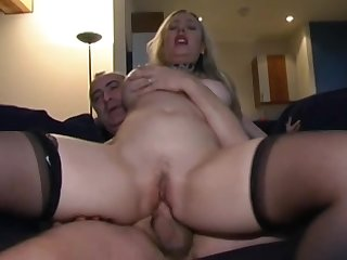 Alyssa is sucking her old boyfriend's dick