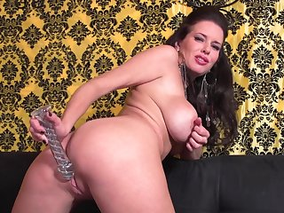 Veronica shows her wide-opened pussy