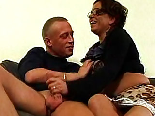 Mature fuck and aggressive handjob are hot
