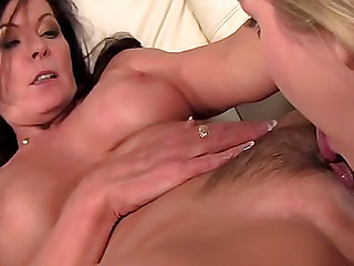 Gorgeous blonde gets her pussy licked by her brunette stepmother
