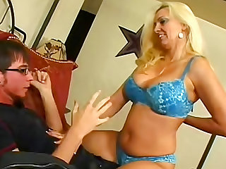 Cara Craves makes her young boyfriend entirely pleased