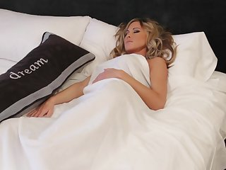 Sarah Jain sleeping is so sexy!