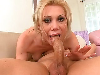 Samantha Sin craves to hardfucked in her pretty mouth