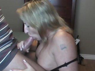 Shellys Treats is sucking that pretty big dick