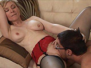 Dane Cross fucks with pornstar Nina Hartley