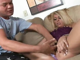 Hardcore blonde is banging in her shaved snatch