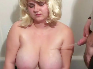 Chubby blonde with big boobs makes a blowjob