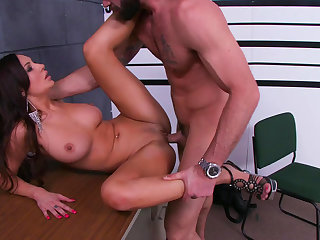 Amy Ried sucks tasty dick of Charles Dera