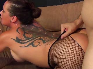 Tori Lane demonstrates her stunning cock-swallowing skills