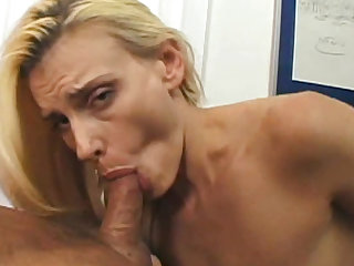 Darryl Hannah sucks off a hard cock