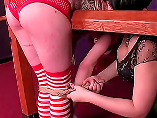 Pink haired cutie loves erotic bondage