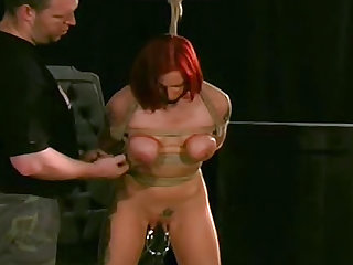 Redhead angel wants her experienced teacher