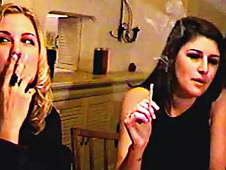 Chicks chat and smoke lustily