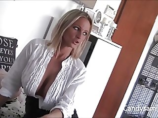 Busty German Samira seduces the Neighbor
