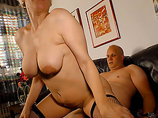 Gilf enjoys sucking and fucking in doggy style for a cum shot