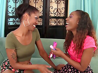 Sexy Black Girls Lotus and Chanell Heart Lez Out
