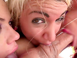 Sarah Vandella and Blair Williams deepthroating