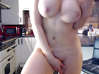 Attractive Big Tits Camgirl Is Ready For An Extraordinary Show