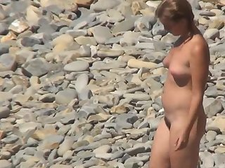 Handsome miniature milf has stunning chubby body is demonstrating her tanned boobs