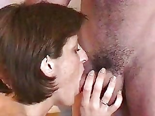 Liza pleases man with her mouth and anus