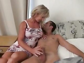 French Mommy got for a Young Stud - 6666webcams.com