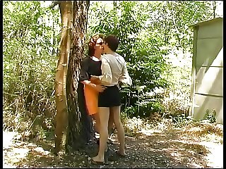 Pissing french outdoor