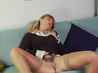 Annas Moist Milf Pussy