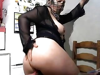 Hijab showing tits and bottom