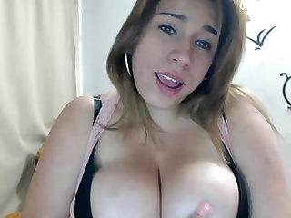chubby horny latina milf masturbation solo on cam