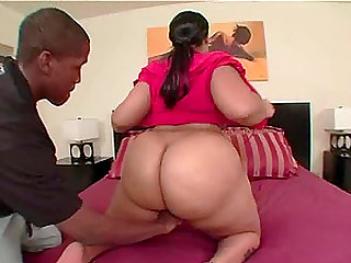 Naughty princess Bootyliscious opens her legs for a fat black dick