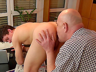 Gay cutie cleaning house and getting undressed for wild boning