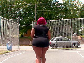 Phat ass girl Monroe Sweet takes a big black cock of her fuck buddy