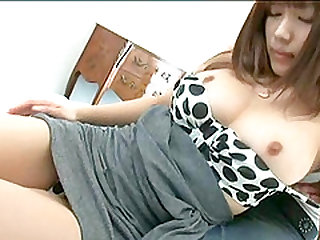 Stuffing the beaver of a Japanese eye candy Kirara Kurokawa