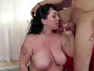 Chubby brunette woman fucked hard by a nasty lover