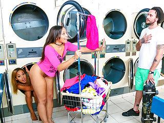 Digital Playground – Laundry Day