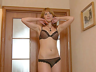 Suzie gets out of her sexy lingerie and pleases herself