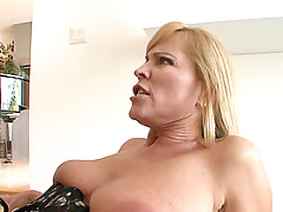 Nicole Moore in stockings refining huge dick with blowjob