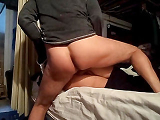 Big ass girlfriend gets dicked hard before bed in the evening.