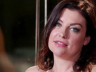 Mandy Mitchell spreads her legs for a brunette shemale's cock