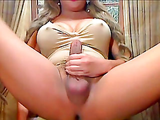 Big Tits Shemale Suck Her Long Hard Cock