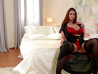 Chubby brunette Sandra Milka seduced by a cunt craving hunk