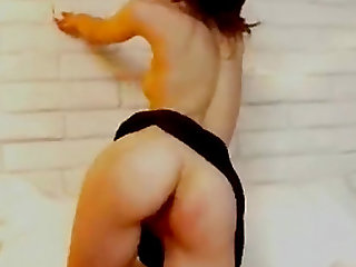 Brunette Hottie Sticking Thick Dildo in The Ass