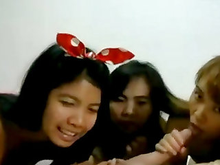 Three Asian whores share big cock on livecam