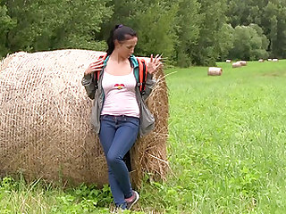 Nicole Love in jeans masturbating passionately outdoor