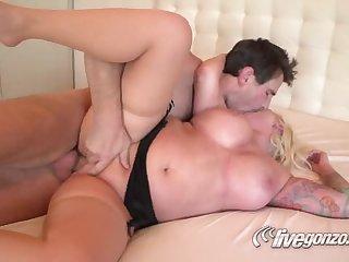 Оральный секс с изумительной блонди